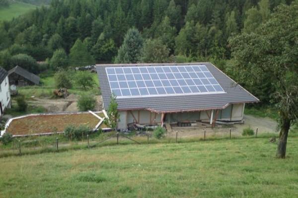 photovoltaik-in-friesenhagen451AA3EE-DF89-521E-B9C4-047DE47350B5.jpg